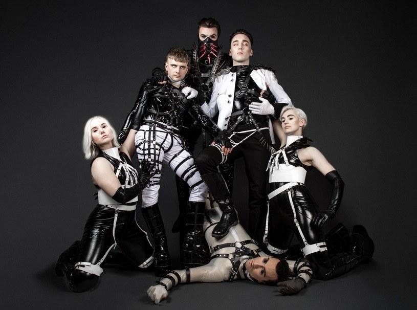 """Hatari to kontrowersyjny zespół, który Islandczycy wytypowali do udziału w konkursie Eurowizji. Zespół, który tworzy """"BDSM techno"""" może mieć problem z przyjazdem z powodów natury politycznej."""