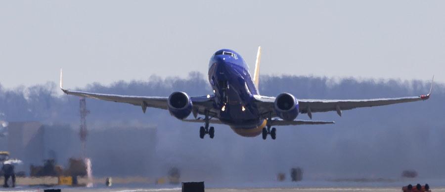 Trzy zastępcze samoloty zostały już włączone do floty Polskich Linii Lotniczych LOT. Dziś dołączy jeszcze czwarta maszyna rezerwowa. Mają one tymczasowo zastąpić 5 uziemionych lotowskich Boeingów 737 MAX 8.