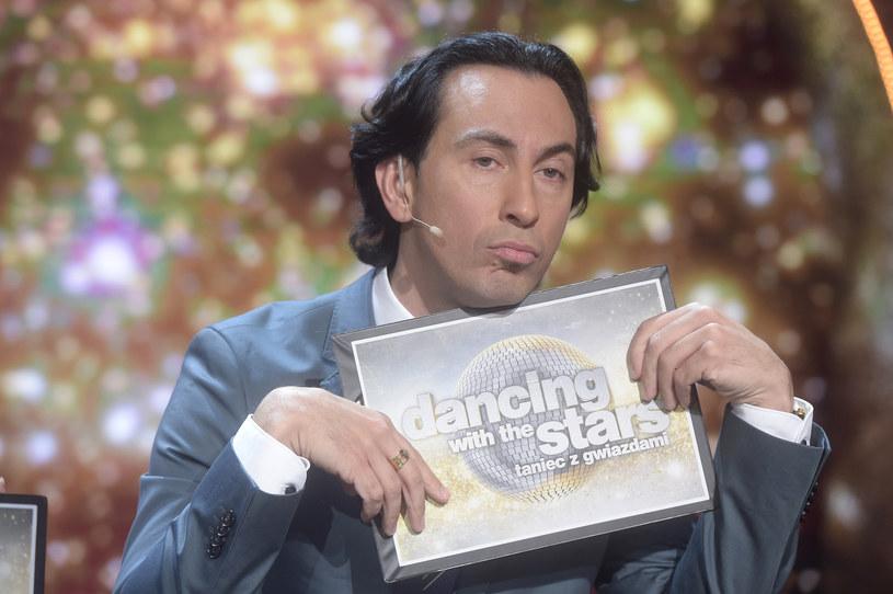 """W dziewiątej edycji """"Dancing with the Stars. Taniec z Gwiazdami"""" jurorzy nadal pracują w osłabieniu. Czy Polsat znalazł czwartego jurora, który zastąpi kontuzjowanego Michała Malitowskiego?"""
