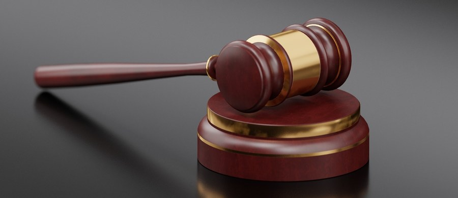 """Rafał B.""""Bukaciak"""", szef przestępczej tzw. grupy konstancińskiej został prawomocnie skazany na 25 lat więzienia za m.in. zabójstwa i udział porwaniach. Sąd odwoławczy nie obniżył mu kary mimo wniosków obrońcy i prokuratury."""