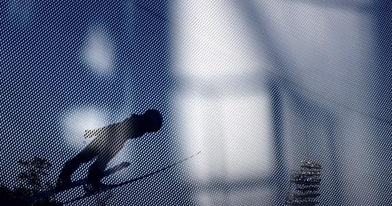 """Trener polskich skoczków narciarskich Stefan Horngacher wciąż unika odpowiedzi na pytanie o decyzję w sprawie przejęcia reprezentacji Niemiec w kolejnym sezonie. """"Przed Planicą na pewno będziemy o krok bliżej"""" - zaznaczył Austriak."""