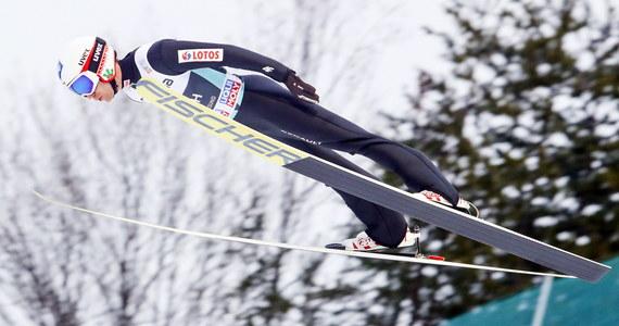 Kamil Stoch wciąż zajmuje trzecie miejsce na liście najlepiej zarabiających skoczków narciarskich w Pucharze Świata, choć powiększył się jego dystans od prowadzącego Japończyka Ryoyu Kobayashiego, który w niedzielę wygrał cykl Raw Air.
