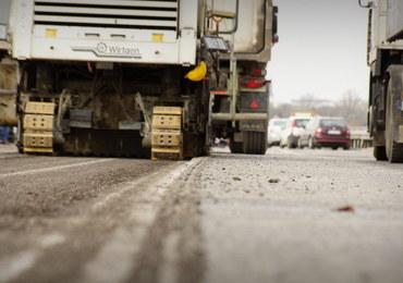 Mimo ponagleń, stoją budowy ważnych dróg w całej Polsce