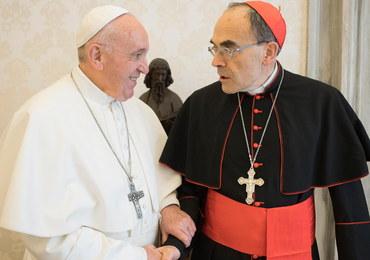 Metropolita Lyonu skazany za tuszowanie pedofilii. Papież nie przyjął jego dymisji