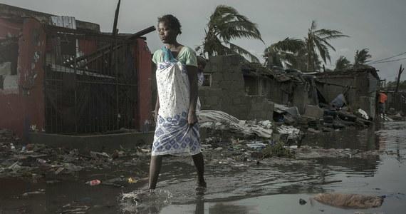 Do ponad 200 wzrosła liczba ofiar śmiertelnych potężnego cyklonu Idai i powodzi, które nawiedziły pod koniec ubiegłego tygodnia Mozambik - poinformował we wtorek prezydent tego kraju Filipe Nyusi w telewizyjnym wystąpieniu po posiedzeniu rządu.