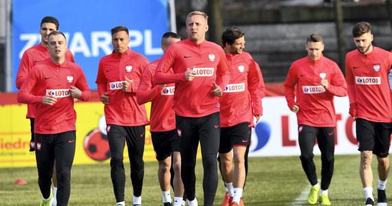 """Selekcjoner piłkarskiej reprezentacji Austrii Franco Foda nie ma wątpliwości przed czwartkowym meczem z Polską w eliminacjach mistrzostw Europy, że głównym atutem biało-czerwonych jest siła ofensywy. """"Nie możemy się za bardzo otworzyć"""" - podkreślił."""