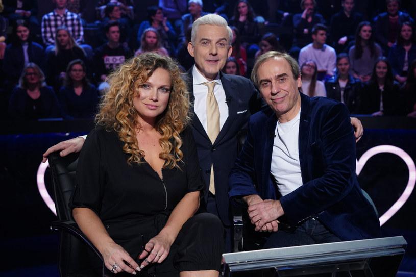 """W specjalnych odcinkach """"Milionerów"""" pojawiły się gwiazdy filmu """"Całe szczęście"""". Zmagania aktorów można było oglądać 20 i 21 marca na antenie TVN. Jak poradzili sobie z pytaniami?"""