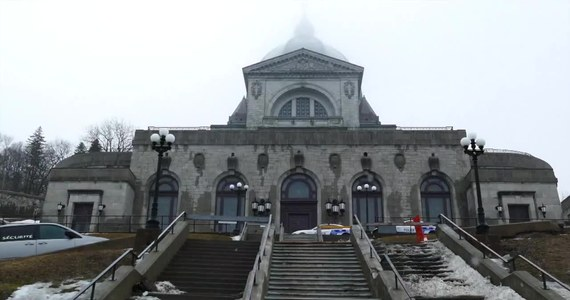 77-letni kanadyjski ksiądz katolicki Claude Grou został w piątek zaatakowany ostrym narzędziem i lekko ranny podczas odprawiania mszy w największym kościele Kanady, katolickim oratorium św. Józefa w Montrealu - poinformowała miejscowa policja.
