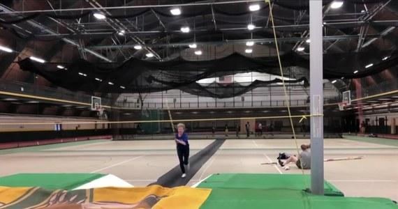 Ma 84 lata, a kondycji mogłoby jej pozazdrościć wielu nastolatków. Florence Meiler, dziarska staruszka, biega, uprawia skok w dal i trójskok, a nawet... skacze o tyczce. Amerykanka przygotowuje się do halowych zmagań World Masters Athletics Championships, w których ma zamiar wystartować w wielu dyscyplinach, włącznie z rozgrywanym jednego dnia (!) pięciobojem.