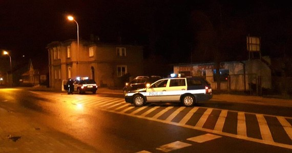 Dwóch 12-letnich chłopców potrąconych na przejściu dla pieszych na ul. Bohaterów Getta w Kamiennej Górze. Dzieci trafiły do szpitali.