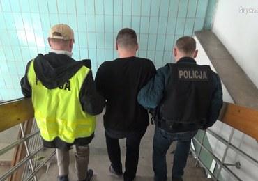 Policyjne uderzenie w pseudokibiców. Dwa gangi rozbite, przechwycone narkotyki warte 2 mln zł
