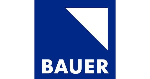 Grupa Bauer Media (właściciel Radia RMF FM) ogłosiła, że w ramach nowej strategii biznesowej wchodzi w sektor usług marketingowych i sprzedażowych, skupiając się na rynku małych i średnich przedsiębiorstw.