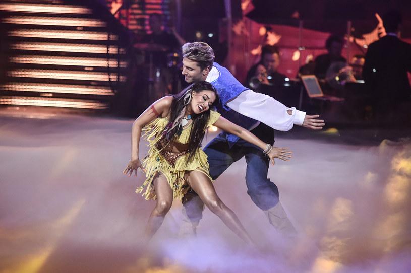 """Po raz pierwszy w tej edycji """"Tańca z Gwiazdami"""" jedna z par otrzymała za swój taniec maksymalne oceny od jurorów. - Nie dowierzam - powiedziała nam po programie Tamara Gonzales Perea, która z Rafałem Maserakiem wykonała taniec współczesny."""
