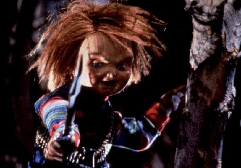 21 czerwca 2019 roku do amerykańskich kin wejdzie reboot serii horrorów o Laleczce Chucky. Opętana przez duszę psychopatycznego mordercy zabawka przemówi w nim nowym głosem.