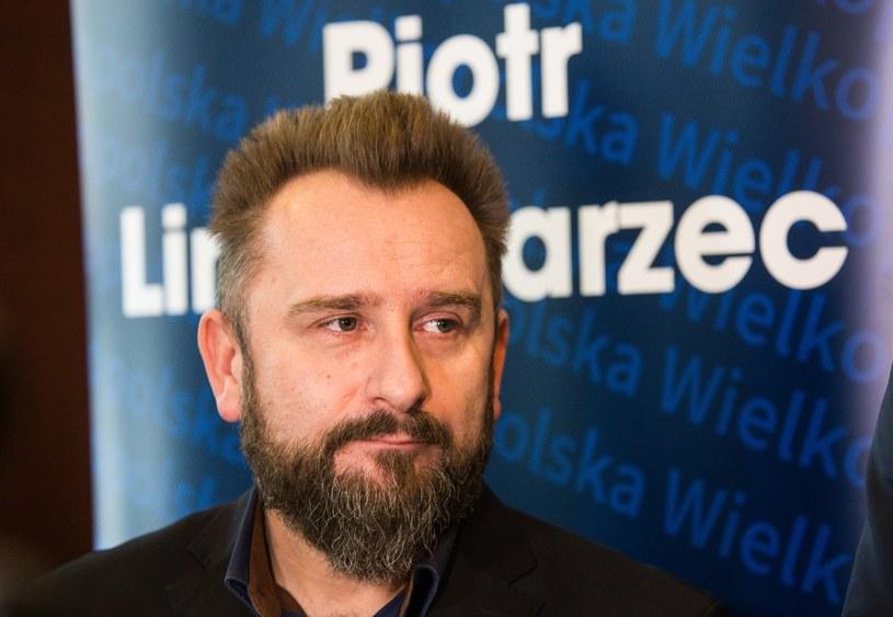 Startujący w wyborach do Parlamentu Europejskiego z województwa wielkopolskiego Liroy, otrzymał nieoczekiwane wsparcie. Na rapera i posła swój głos oddać chce weteran poznańskiej sceny Peja.