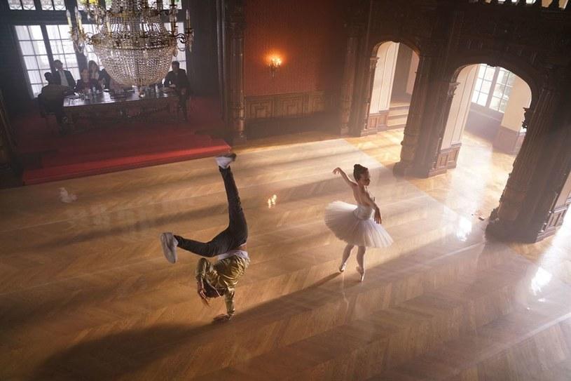 """Już w maju na ekrany polskich kin trafi kolejny film muzyczny - """"Let's Dance"""". To francuska wersja obrazu """"Step Up - Taniec zmysłów"""". Czy odniesie podobny sukces, jak słynne """"Gorączka sobotniej nocy"""" czy """"Footloose""""?"""