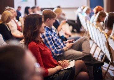 Cyfrowe oblicze PR, czyli nowe wyzwania w procesie komunikowania