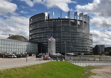 Multisondaż: Cztery partie mogą liczyć na mandaty do PE