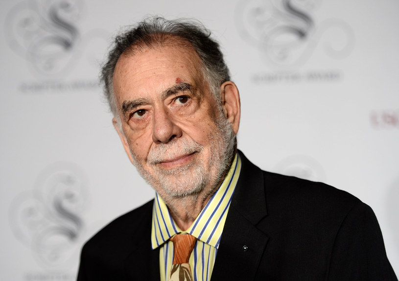 """Wywodzi się z rodziny o tradycjach artystycznych i jest nestorem rodu twórców filmowych. Jest laureatem sześciu Oscarów, a jego najgłośniejsze filmy - m.in. """"Ojca chrzestnego"""" i """"Czas apokalipsy"""" - uznano za arcydzieła i klasyki kina wszech czasów. Francis Ford Coppola skończył w niedzielę, 7 kwietnia, 80 lat."""