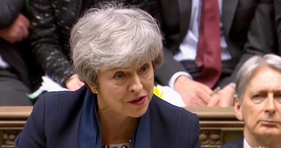 Zaproponowana przez grupę posłów ustawa zmuszająca premier Theresę May do opóźnienia wyjścia kraju z UE, aby uniknąć bezumownego opuszczenia Wspólnoty w dniu 12 kwietnia, została przyjęta w poniedziałek przez obie izby brytyjskiego parlamentu i weszła w życie.