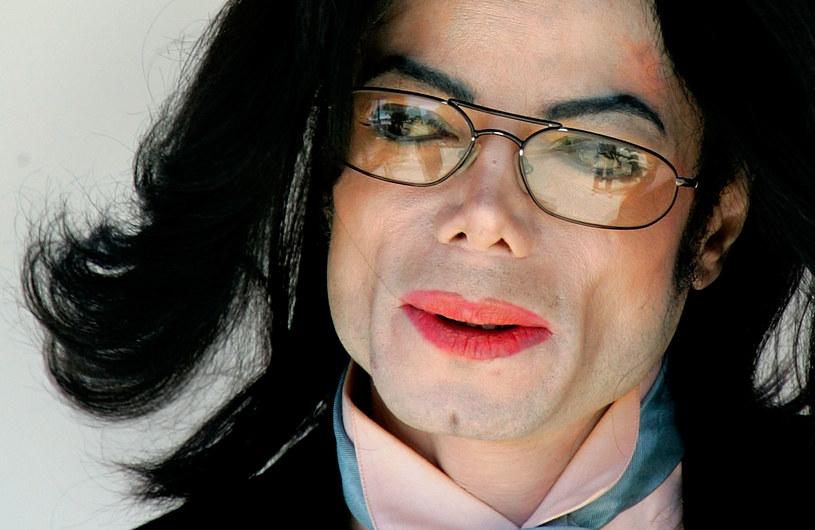 """Dzieci Michaela Jacksona wypowiedziały się przeciwko oskarżeniom, które padły pod adresem ich ojca w głośnym dokumencie """"Leaving Neverland"""". Jak twierdzą, ich własne śledztwo uniewinni nieżyjącą gwiazdę."""
