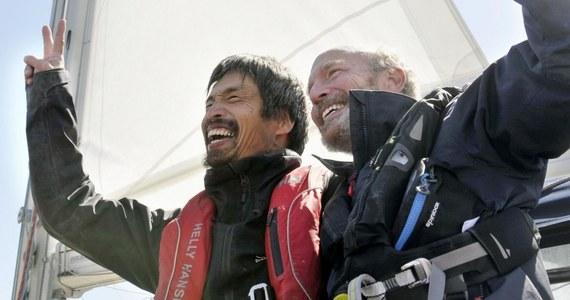 Japończyk Mitsuhiro Iwamoto został w sobotę pierwszym niewidomym, który przepłynął Ocean Spokojny na pokładzie łodzi żaglowej bez zawijania do portów - poinformowała japońska prasa.