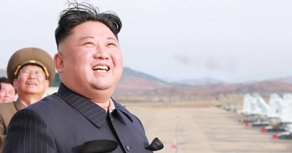 Jak informuje agencja AFP, powołując się na źródła poinformowane, zapowiadanie spotkanie przywódców Rosji i Korei Północnej Władimira Putina i Kim Dzong Una odbędzie się we Władywostoku na rosyjskim Dalekim Wschodzie, prawdopodobnie w najbliższą środę lub piątek. Spotkanie potwierdził już Pjongjang.