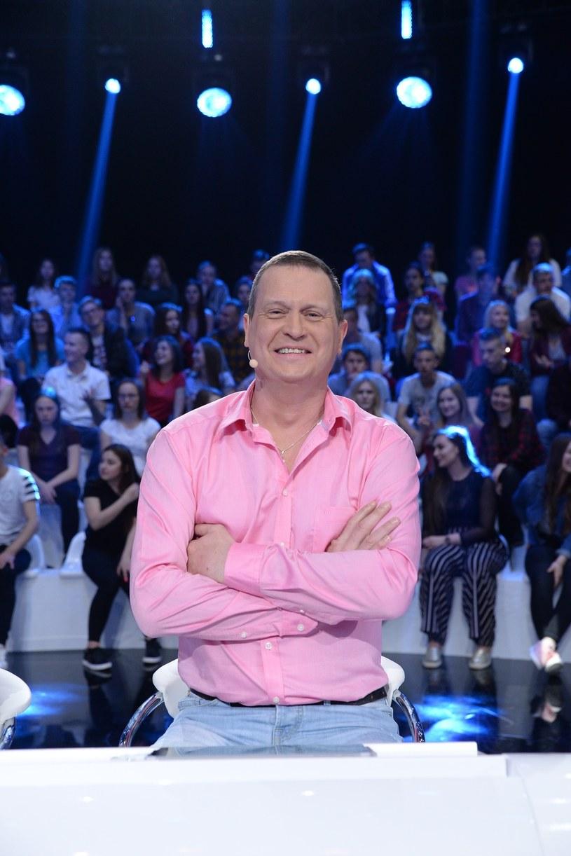 """""""Europa da się lubić"""", telewizyjny talk show z udziałem obcokrajowców mieszkających w Polsce, powrócił po 15 latach. """"Czuję się, jakbym wrócił do programu po tygodniu nieobecności"""" - mówi Kevin Aiston."""