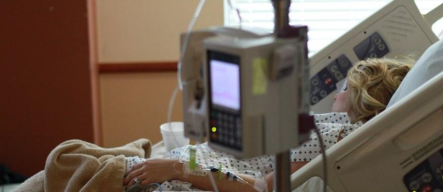 Więcej miejsc dla pacjentów przychodzących na tzw. chemioterapię dzienną ma być w Białostockim Centrum Onkologii po zakończeniu realizowanych inwestycji na oddziale onkologii klinicznej z pododdziałem chemioterapii dziennej.