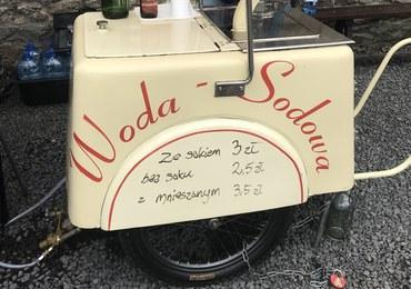 Bar rodem z PRL-u przy średniowiecznym Zamku Czocha