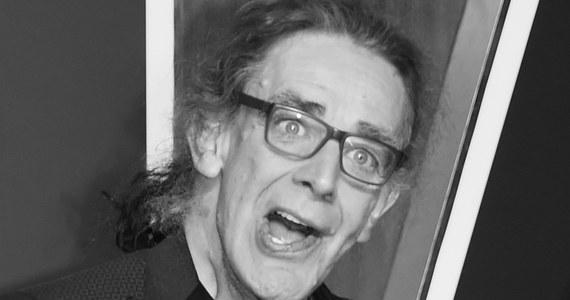 """W wieku 74 lat zmarł w USA brytyjski aktor Peter Mayhew, znany przede wszystkim z roli Chewbaki w filmowej sadze """"Gwiezdne wojny""""."""