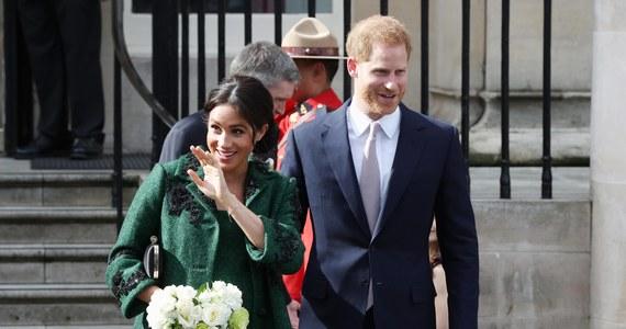 Książę Harry skrócił zaplanowaną na przyszły tydzień wizytę w Holandii ze względu na problemy logistyczne z przyjazdem towarzyszących mu dziennikarzy. Spekuluje się jednak, że decyzja może mieć związek z wyczekiwanymi narodzinami jego dziecka z księżną Sussex.