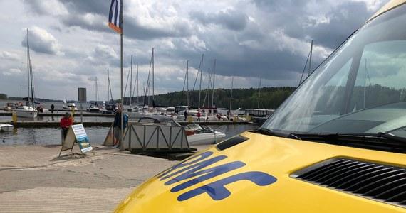 Majówka to na szlaku Wielkich Jezior Mazurskich tradycyjny początek sezonu żeglarskiego. Odwiedziliśmy dzisiaj nasz żółto-niebieski port - Wioskę Żeglarską.