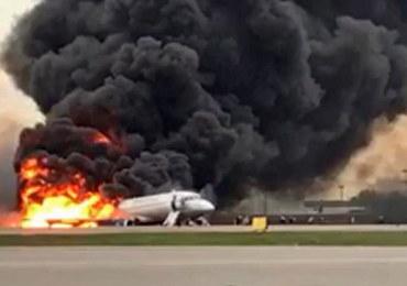 Awaryjne lądowanie w Moskwie. Samolot stanął w płomieniach