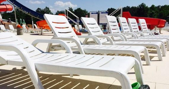Morze alkoholu, głośne imprezy, seks w hotelowym basenie, telewizor wyrzucony przez okno. W taki sposób turyści spędzający majówkę rekompensowali sobie złą pogodę - tak przynajmniej wynika z ankiety platformy Noclegi.pl.