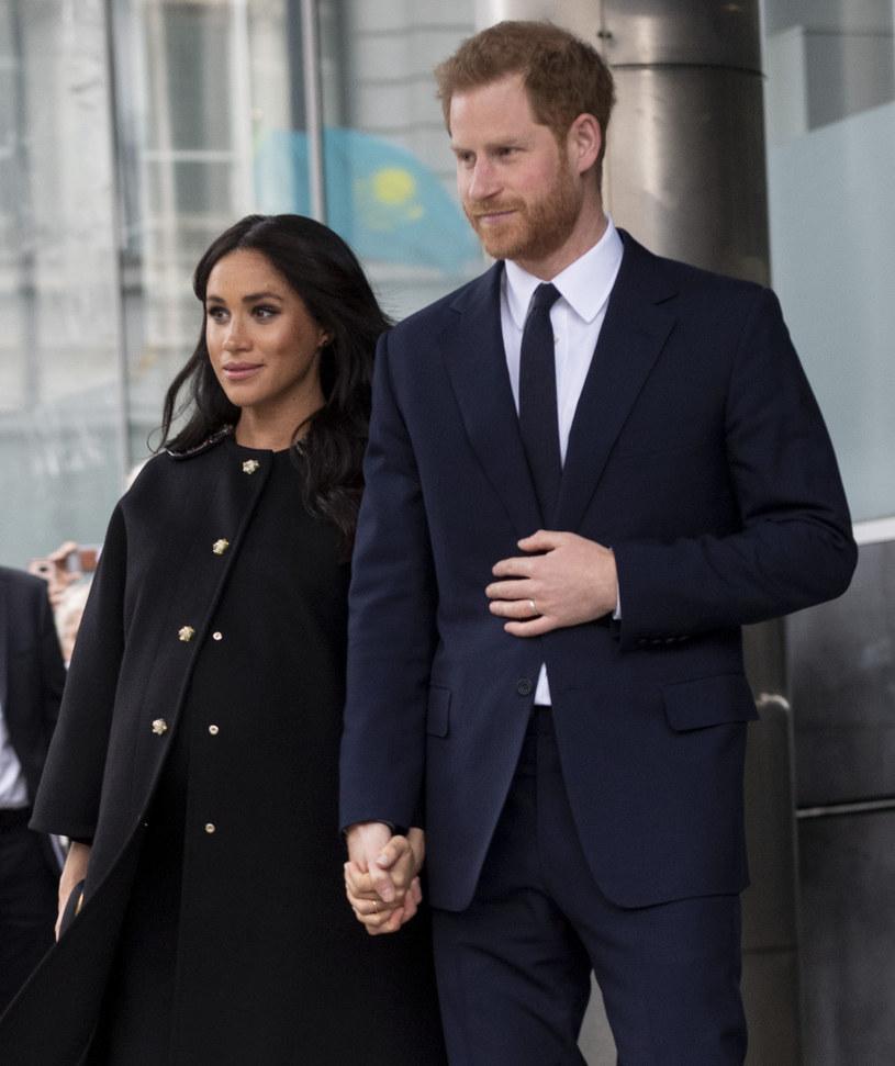 Książę Harry i księżna Meghan zostali rodzicami. Ich pierwsze dziecko przyszło na świat w poniedziałkowe południe, 6 maja.