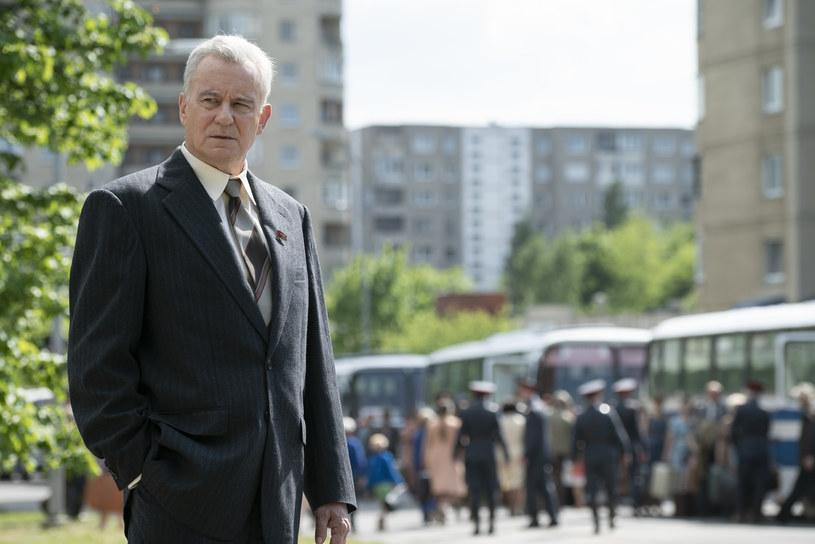 """O najnowszym serialu HBO """"Czarnobyl"""", postaci Borysa Szczerbiny, filmie """"Malowany ptak"""" oraz powrocie do uniwersum Marvela opowiada szwedzki aktor Stellan Skarsgård."""