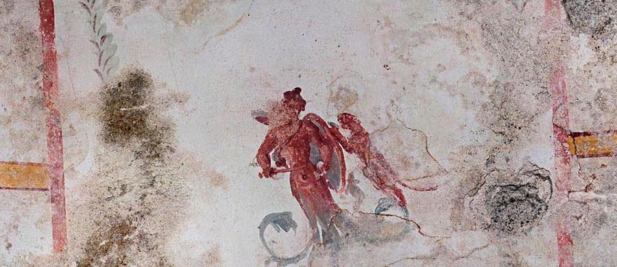 Komnata sfinksa - czyli najnowsze, całkowicie zaskakujące i budzące zachwyt odkrycie w rzymskim Złotym Domu Nerona (Domus Aurea). Nikt o niej nie wiedział przez prawie 2 tysiące lat, ponieważ była i nadal jest częściowo zasypana.