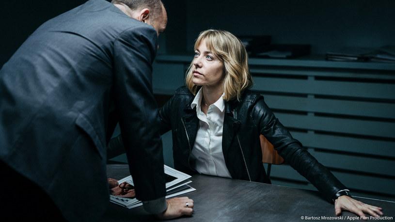"""Małgorzata Buczkowska, Robert Gonera, Urszula Grabowska, Piotr Machalica oraz Magdalena Boczarska - między innymi te gwiazdy pojawią się w nowym serialu kryminalnym Canal+ """"Zasada przyjemności"""". Dwa pierwsze odcinki premierowo będzie można obejrzeć w niedzielę, 9 czerwca, oczywiście w Canal+."""