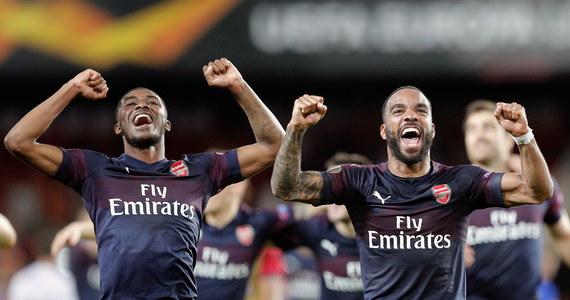 Arsenal Londyn w finale Ligi Narodów. Angielski klub wyeliminował hiszpańską Valencię. Wygrał 4:2. W meczu Chelsea z Eintrachtem trwa dogrywka. Na razie utrzymuje się wynik 1:1.