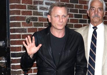 """Daniel Craig miał wypadek na planie """"Bonda"""". Ale wkrótce wróci na plan"""