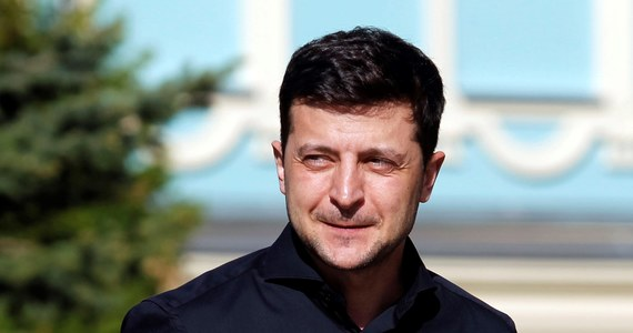 Inauguracja prezydentury Wołodymyra Zełenskiego odbędzie się w poniedziałek, 20 maja - postanowił dziś ukraiński parlament. Prezydent elekt chciał, by do jego zaprzysiężenia doszło dzień wcześniej.