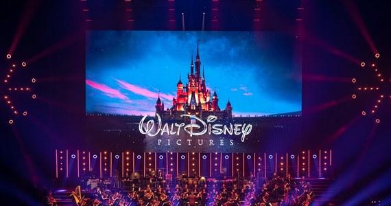 """""""Muzyka filmowa jest najbardziej zbliżona do muzyki pierwotnej, wciąż inspirującej kolejne pokolenia. Bez niej nie da się po prostu żyć"""" – powiedział Michał Szpak po występie podczas spektakularnego koncertu z piosenkami z filmów Walta Disneya na Festiwalu Muzyki Filmowej w Krakowie. Barwne widowisko muzyczno-filmowe obejrzało prawie dwanaście tysięcy osób."""