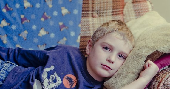 Niezaszczepione dzieci zachorowały na odrę, ich rodziców ukarano grzywnami w wysokości 181 euro. Zdarzyło się to w Rimini we Włoszech, gdzie po raz pierwszy w kraju służba zdrowia zastosowała tzw. kary sanitarne przewidziane w ustawie o obowiązku szczepień.