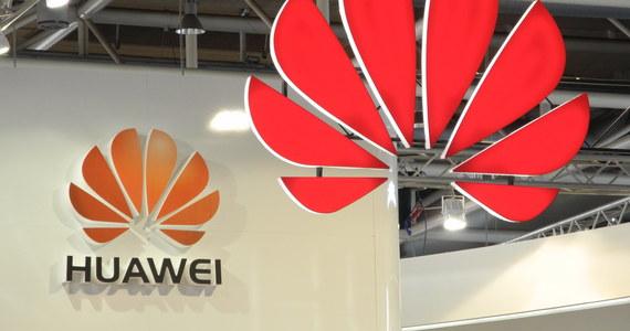 Przedstawiciele Alphabet Inc. - konglomeratu i holdingu powołanego do życia przez spółkę Google, która też wchodzi w jego skład, potwierdzili w rozmowie z agencją Reutera, że współpraca z chińskim koncernem Huawei została w dużej części zakończona.