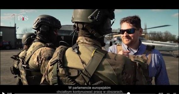 Poseł Marek Opioła poinformował, że usunął kontrowersyjny spot wyborczy, w którym wykorzystał policyjne śmigłowce. Został o to poproszony przez Komendanta Głównego Policji Jarosława Szymczyka.