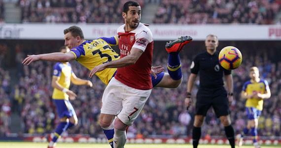 Piłkarz Arsenalu Londyn Henrikh Mkhitaryan nie zagra w finale Ligi Europy przeciwko Chelsea. Powodem jest konflikt polityczny. Mecz odbędzie się w azerskim Baku, a Mkhitaryan jest Ormianinem.