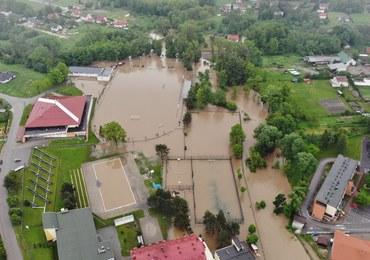 """Alarmy powodziowe na południu kraju. """"Modlimy się, by przestało padać"""""""