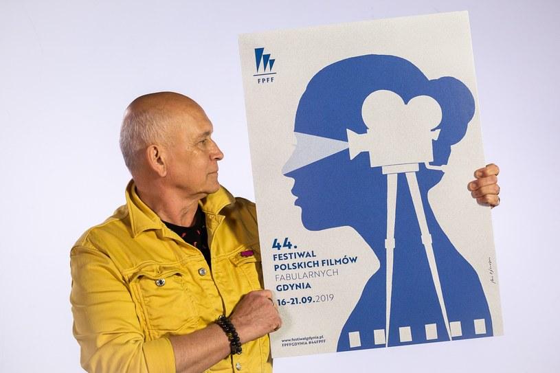 Właśnie zaprezentowano oficjalny plakat tegorocznej edycji Festiwalu Polskich Filmów Fabularnych w Gdyni. Jest nim praca autorstwa jednego z najbardziej rozpoznawalnych twórców plakatu w Polsce, Andrzeja Pągowskiego.