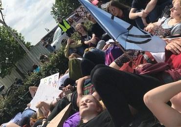 Ulicami Warszawy przeszedł Młodzieżowy Strajk Klimatyczny